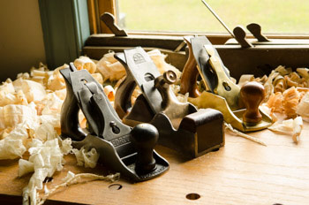 Hand Tools Forum Showing Handplanes On A Woodworking Workbench With Wood Shavings